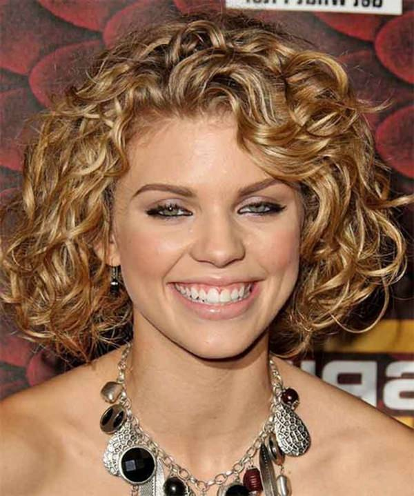 49. Curls And Bob. Bob hairstyle with curls looks amazing for a round face.