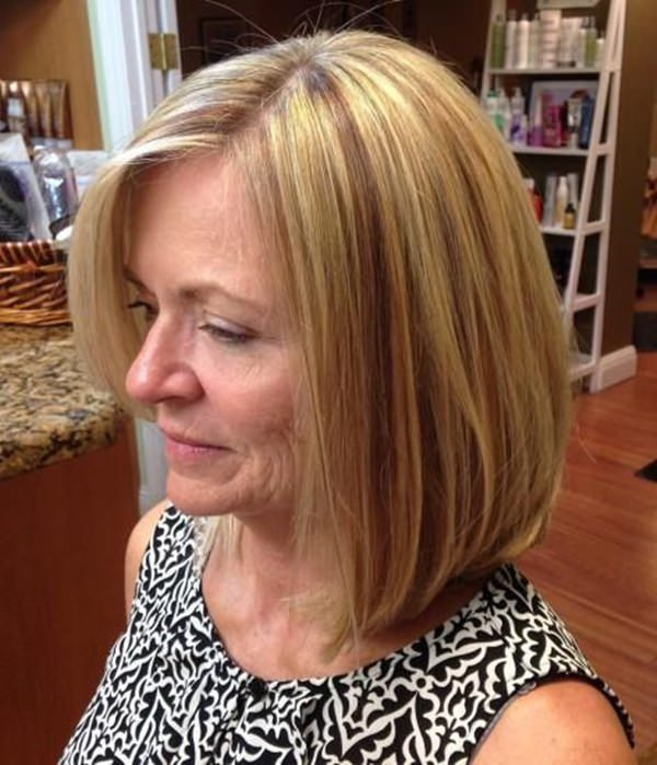 This Is An Amazing Shoulder Length Bob Hairstyle That Is Easy To Maintain.  Play With Red, Blonde And Light Highlights To Add Dimension To Your Hair.