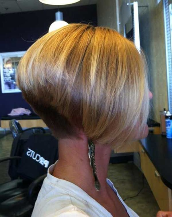 wedge haircuts for gray hair 31 wedge hairstyles meant for the bold and edgy style 3301
