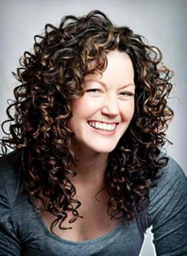 Medium Hairstyles For Curly Hair Girls 78