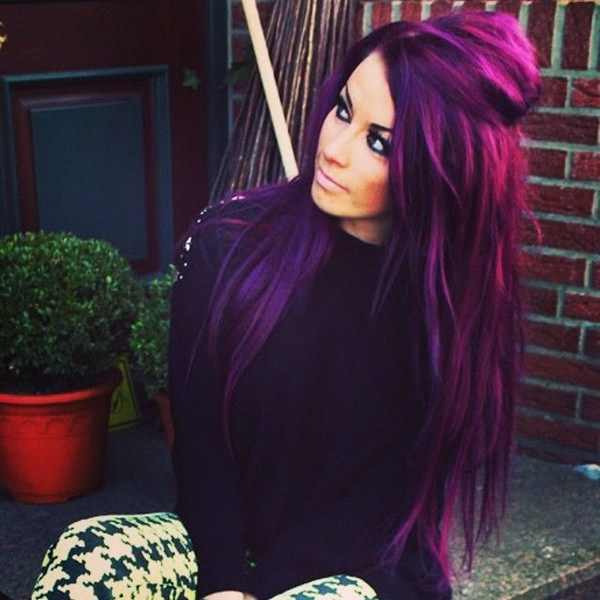 Bright Purple Can Be A Statement Hair Color Look At That Length Of Her It Is Long And Will Make Beautiful Hairstyle Texture Thin