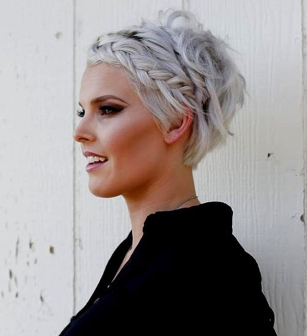 40 Amazing Short Hairstyles For Girls That You Can Rock In 2018