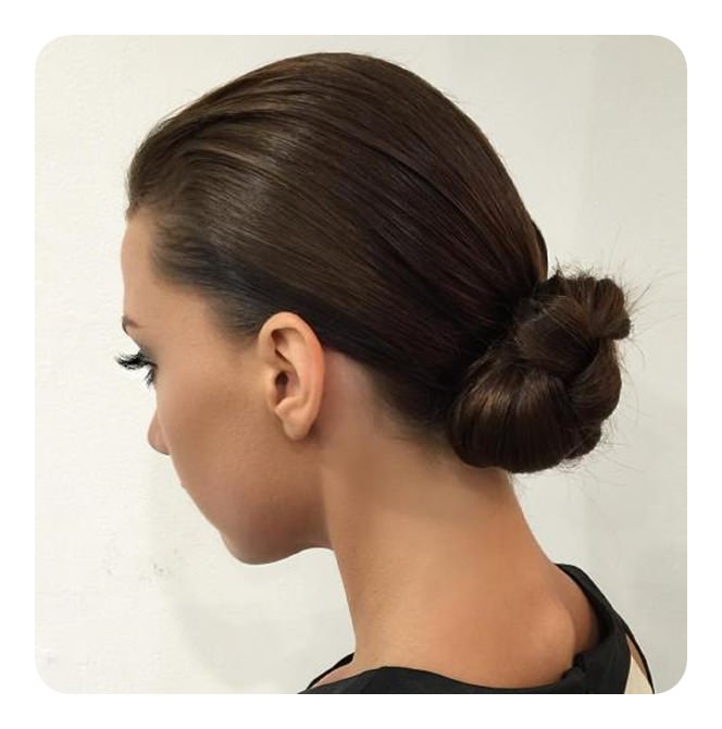 Pleasant 87 Easy Low Bun Hairstyles And Their Step By Step Tutorials Natural Hairstyles Runnerswayorg