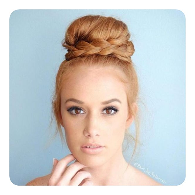 sock-bun-with -tutorials