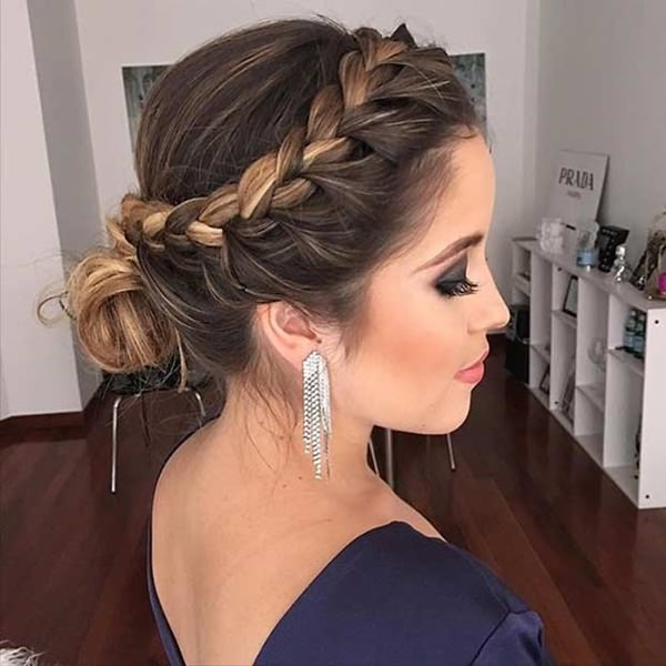 side-braids-hairstyles