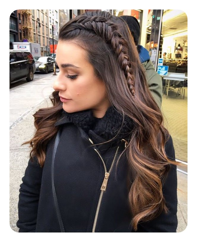 104 easy fishtail braid ideas and their step by step tutorial if you are planning to go for a day out in the city or for work this is the hairstyle i recommend for you you can do this fishtail braid by yourself solutioingenieria Image collections